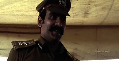 Na Bhayam Na uniform paruvulo vuntundhi