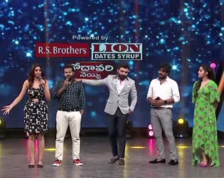 Sudheer strong punch to Varshini
